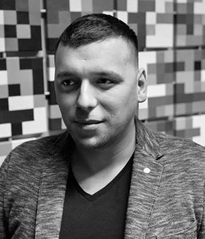 Russell Apayev